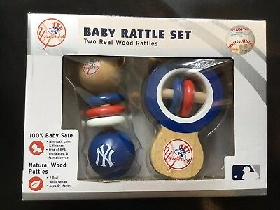 Yankees Baby Rattle Set