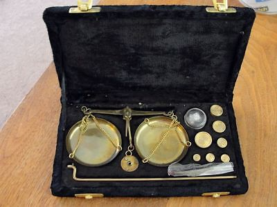 Vintage Pharmacy / Gold / Jewelry Scale + Weights Balance Antique Velvet Box 50G