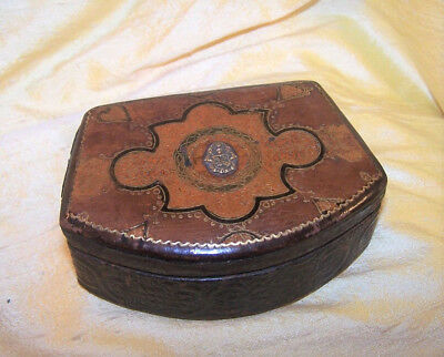 VINTAGE Sigma Nu fraternity ornate jewelry / pin box w/ metal crest, floral OLD