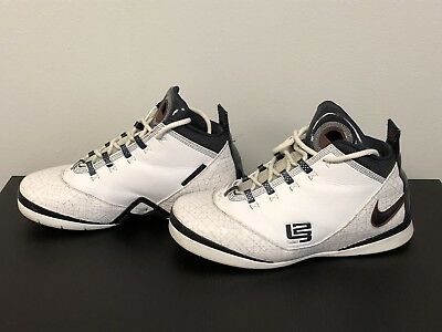 3d0699c056b Mens Used Nike Zoom 2008 Lebron Soldier II Size 12 USA Olympic 318694-141
