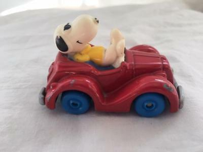 Vtg. UFS Snoopy 1958,1971 Red Car Convertible Peanuts Die Cast