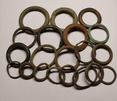 LOT of 20 Celtic, bronze ring money