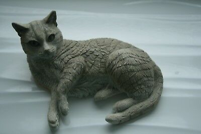 Country Artists Lesley Anne Ivory Cats - cat figure no rug