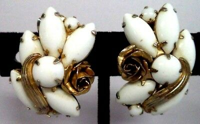 "*rare* Vintage Estate Signed Weiss Milk Glass Flower 1 1/4"" Clip Earrings! G186A"
