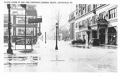 C09-3895, Flood Scene At 3Rd And Chestnut Looking North, Louisville, Ky.