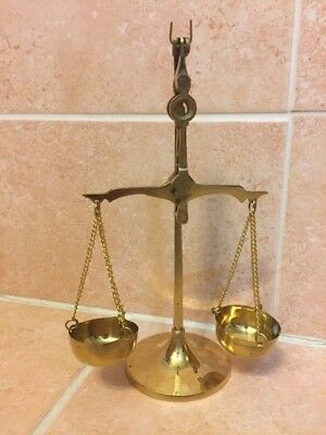 New, Vintage, Small Brass weighing Scale, gold color, light weight