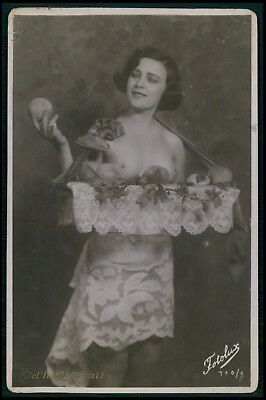 French nude woman Fruir apple breasts seller original old 1920s photo postcard