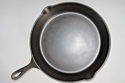 VINTAGE 1930's LARGE #10  HARD TO FIND LODGE CAST IRON SKILLE-3 NOTCH HEAT RING