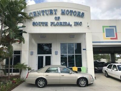2007 Cadillac DeVille  Heated and Cooled Leather Seats XM CD Onstar Vinyl Top