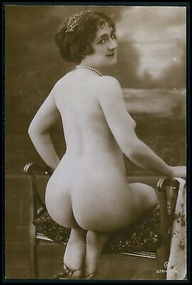 French nude woman big butt bending on chair original c1910-1920s photo postcard