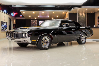 1970 Oldsmobile 442 Hurst Tribute Frame Off Restored! Oldsmobile 425ci V8, Tremec TKO600 5-Speed, PS, PB, A/C