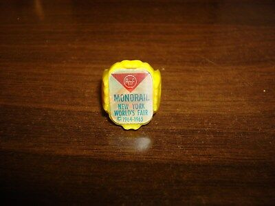 Vintage New York Worlds Fair 1964 Yellow Plastic Monorail Reflector Ring~RARE!