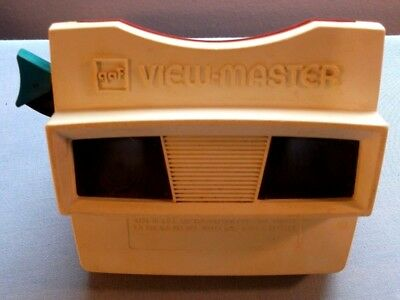 Viewmaster Reels Viewer -Nice Red White And Blue Viewer In Very Good Condition
