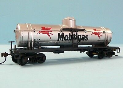 HO Scale Model Railroad Trains Layout MRC Mantua Mobil Tanker Car Rolling Stock