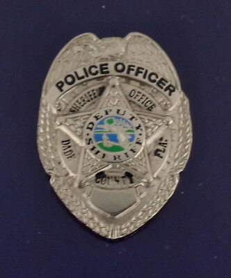 POLICE OFFICER Dade County Florida Sheriff's Office Mini Badge Lapel Pin SILVER