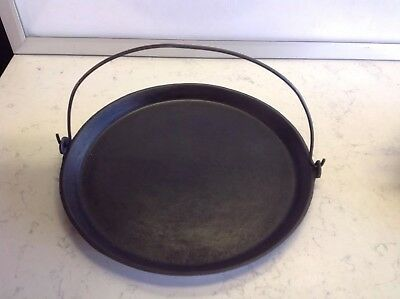 Antique Cast Iron #12 Griddle Unbranded Bail Handle Heat Ring Gate Mark Seasoned