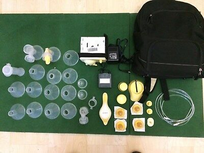 Medela Breast Pump with Bag & Lots of Accessories