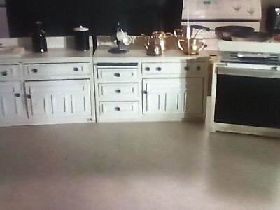 Dollhouse Furniture Kitchen Set Dishes Stove Fridge Sink Table Chairs White Wood