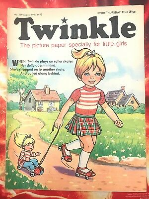 Twinkle  Comic No. 239. 19 August 1972. Dress Twinkle Page. Puzzles Nt Done. Vfn