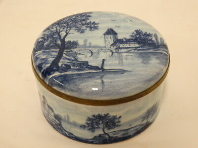 ANTIQUE SEVRES PORCELAIN TRINKET BOX ROUND Blue & White Scenic Marked 1860-1899