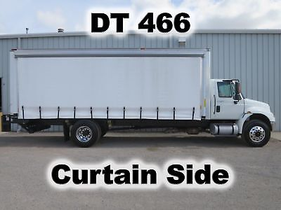 4400 Dt-466 Diesel 24-Ft Curtain Side Box Cube Van Delivery Lift Gate Truck