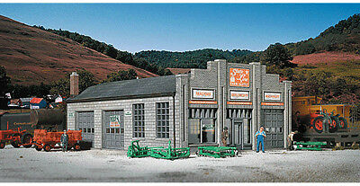 Walthers Cornerstone HO Scale Building/Structure Kit State Line Farm Supply