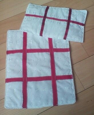 """Dolls Pram Cot Quilt Set 12"""" X10""""  White Broderie Anglaise With Red Ribbon New"""