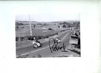 Phil Read Yamaha 250 cc Winner Ulster Grand Prix 1964 Signed Photograph