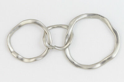 Matte Silver Hammered 3 Linked Rings Connector #MFB244
