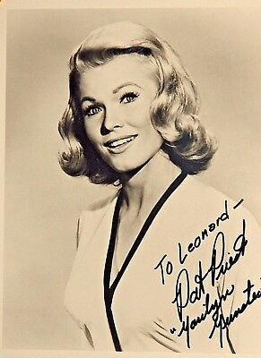 Orignal Autographed Photo Pat Priest Marilyn Muster on The Munsters TV Show