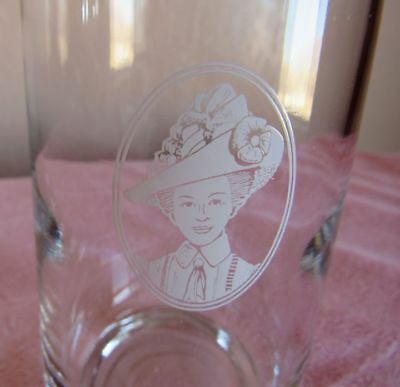 Mrs Albee- Etched  Drink Glasses With Gold Rim Set Of 6 Nice Collectible Set