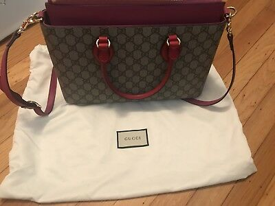 98b67827acf4 GUCCI GG SUPREME Hibiscus Red & Pink Medium Convertible Boston Bag ...
