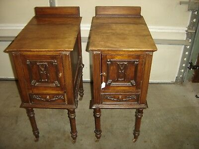 Pair Antique Ornate Walnut Night Stands Turned legs with casters 399