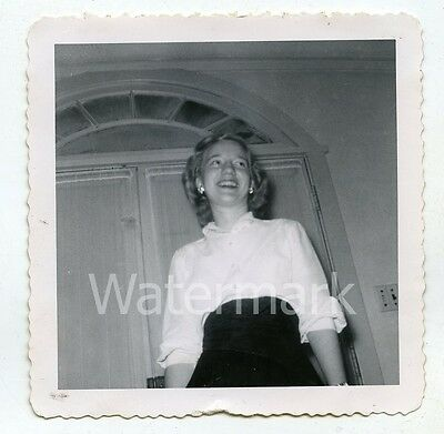 1950s vintage b/w snapshot  photo Smiling Young Lady