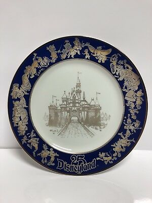 Set Of 25th Anniversary Disneyland Plate & Silver America On Parade 1976 Gold