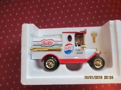Pepsi Cola Coin Bank Toy Model Tank Truck  w/key - unused in orig. box