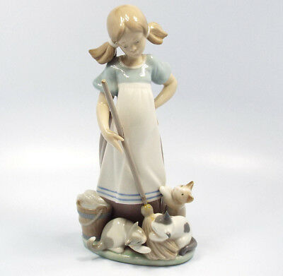 Lladro Figurine #5232 Playful Kittens, with box