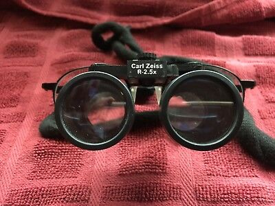 CARL ZEISS R-2.5x MAGNIFICATION LOUPES, DENTAL-SURGICAL-JEWELER, FLIP UP LOUPES
