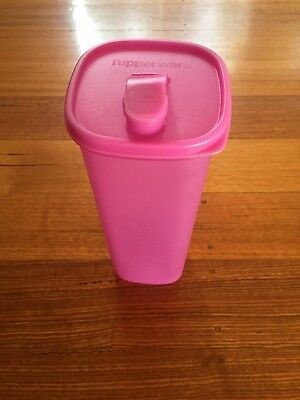 Tupperware Slimline Water Pilcher 2L