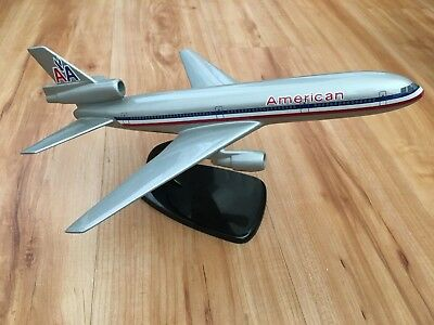American Airlines McDonnell Douglas DC-10 Desk Display 1/200 Model Airplane