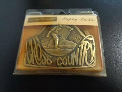 1.50 shipping ~ NOS VINTAGE ~ CROSS COUNTRY ~ SEARS TROPHY BUCKLE IN ORG PACKAGE