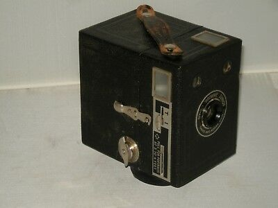 Kodak SIX-20 Brownie Junior 620 Film Box Camera with Case
