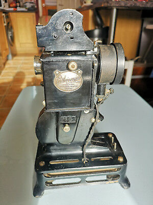 Pathe Baby 9.5mm cine Projector - Good condition