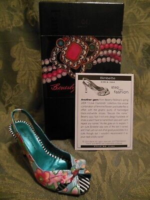 Just The Right Shoe~Collectible~Bimbette~New In Box~Mint Condition
