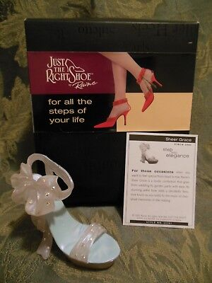 Just The Right Shoe~Collectible~Sheer Grace~New In Box~Mint Condition