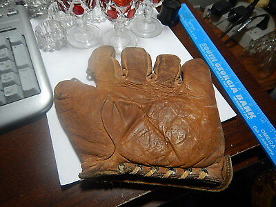 Old Vintage Antique Leather Baseball Glove St. Louis Mo estate item