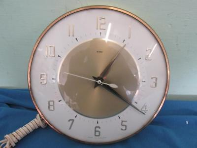 "Vintage 8.5"" Gold Tone & White METAMEC Wired Wall Clock - Spares/Repairs"