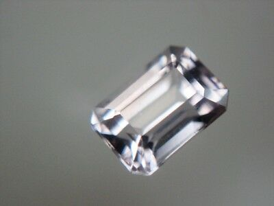 SPINELL  -  OCTAGON CUT  -  5x3,5 mm  -  0,51 ct.