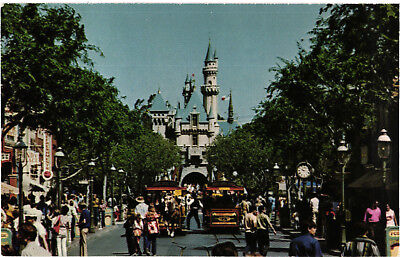 Disneyland Main Street, United Airlines colour postcard, unposted