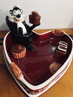 Warner Bros 1998 Pepe Le Pew Heart Shaped Candy Dish - EXCELLENT CONDITION